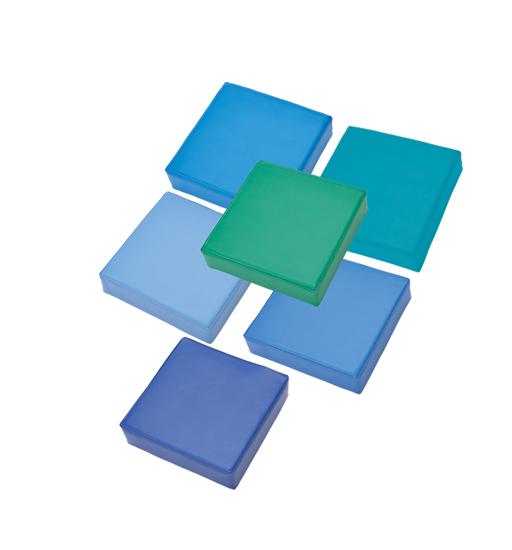 Afbeeldingen van Set van 6 vierkante zitkussens - in kunstleder - kleuren van groen tot blauw