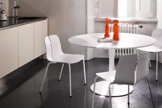 Afbeeldingen van Rondo - groep - lage en hoge tafels met ronde centrale poot - hoogtes 74 cm en 110 cm